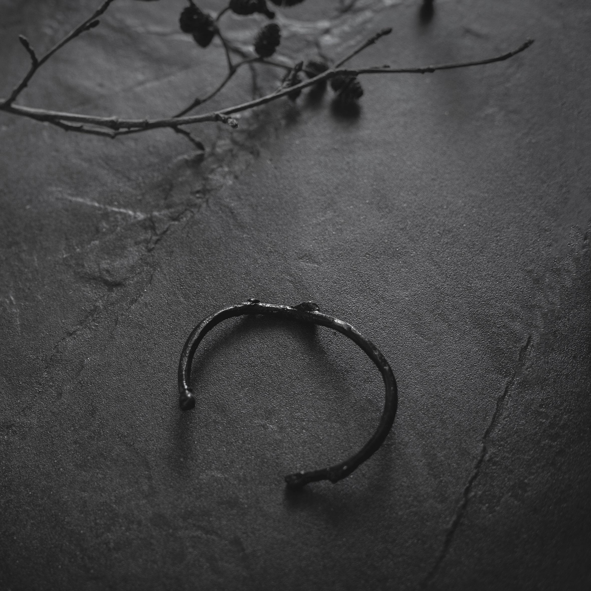 lily bracelet 3