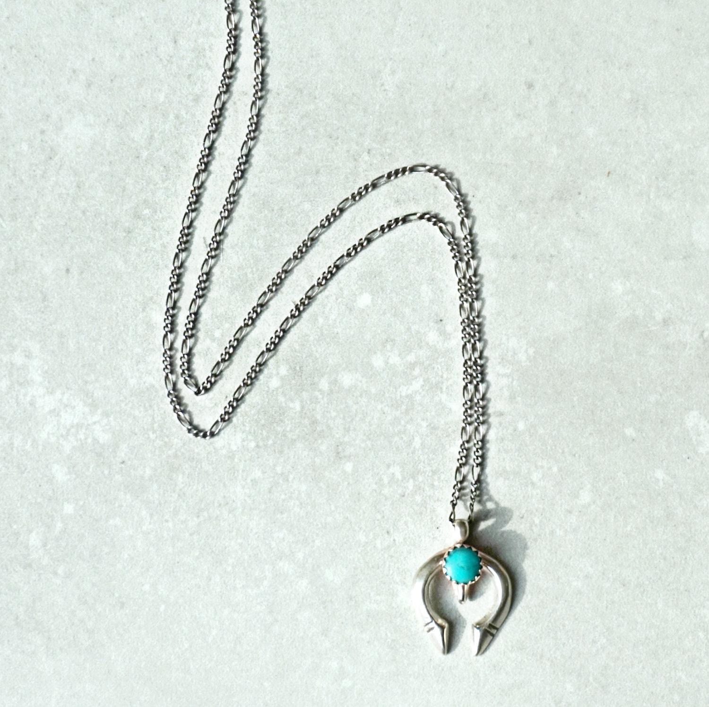 Mini naja necklace-min
