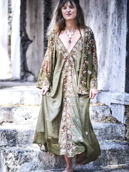 Vintage Green Luxury Set – Gold, Bronze, Maxi Dress and Kimono