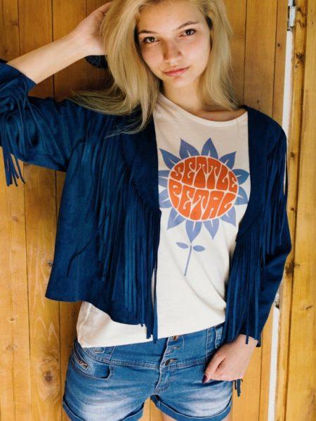 Settle Petal women's graphic tshirt