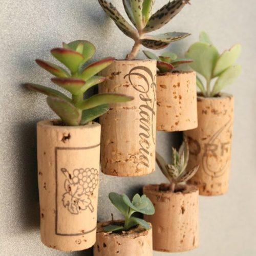 DIY CORK PLANTERS
