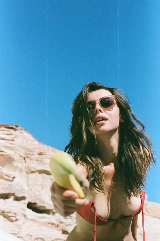 photography Molly Stone