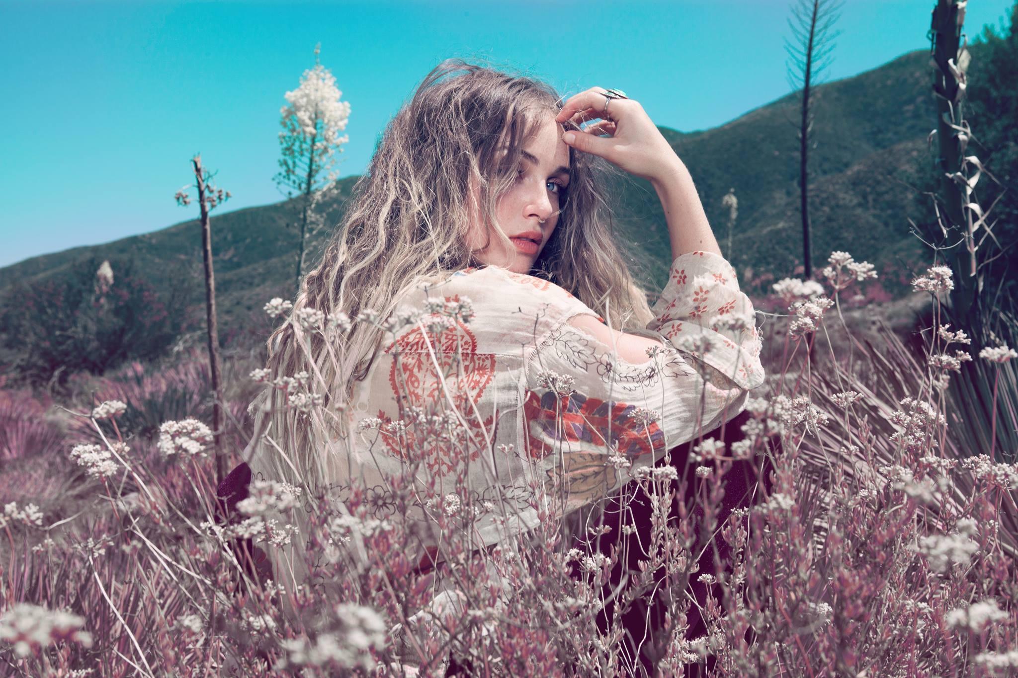 photography Janell Shirtcliff - Zella Day