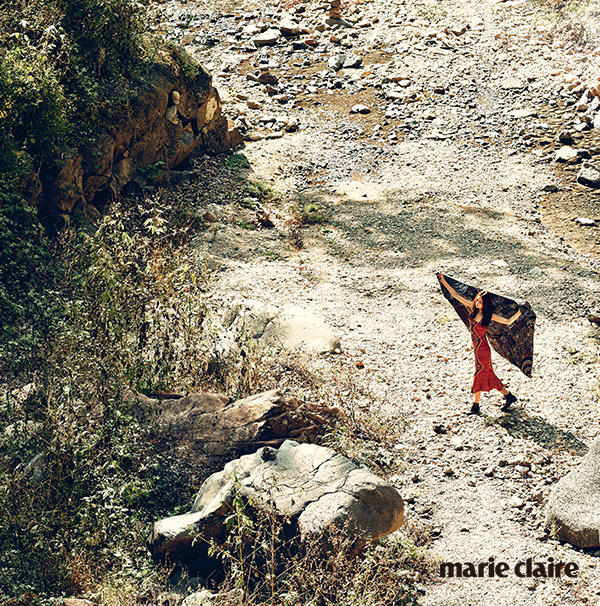 "Marie Claire Korea November 2014 ""Beautiful Mirage"""