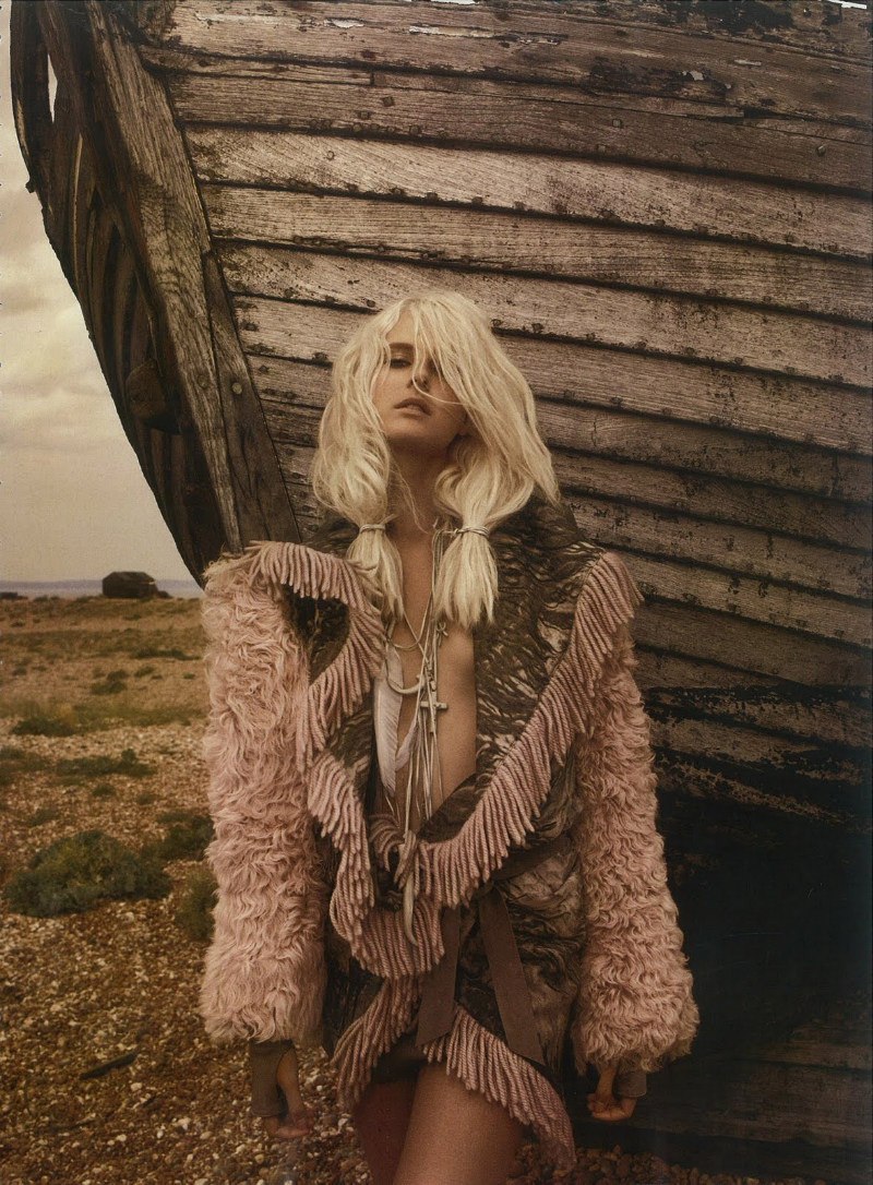 Harper´s Bazaar UK - Love Me Tender