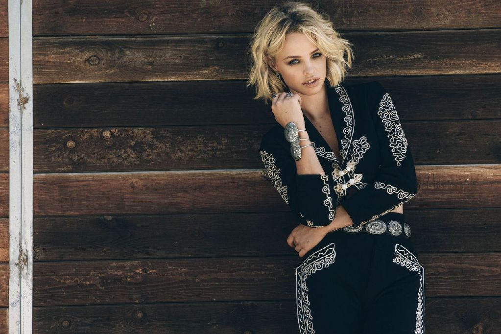Jessica Roffey - styling Coryn Madley