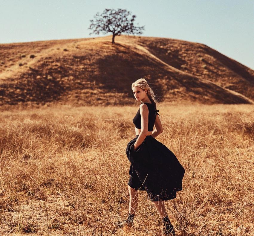 beauty Toni Garrn