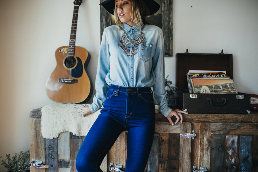Driftlab lookbook - photography Carly Brown