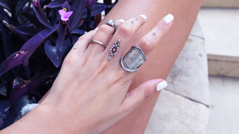 DESERT-ROSE-SKINFEELINGS-CRYSTAL-TATTOOS