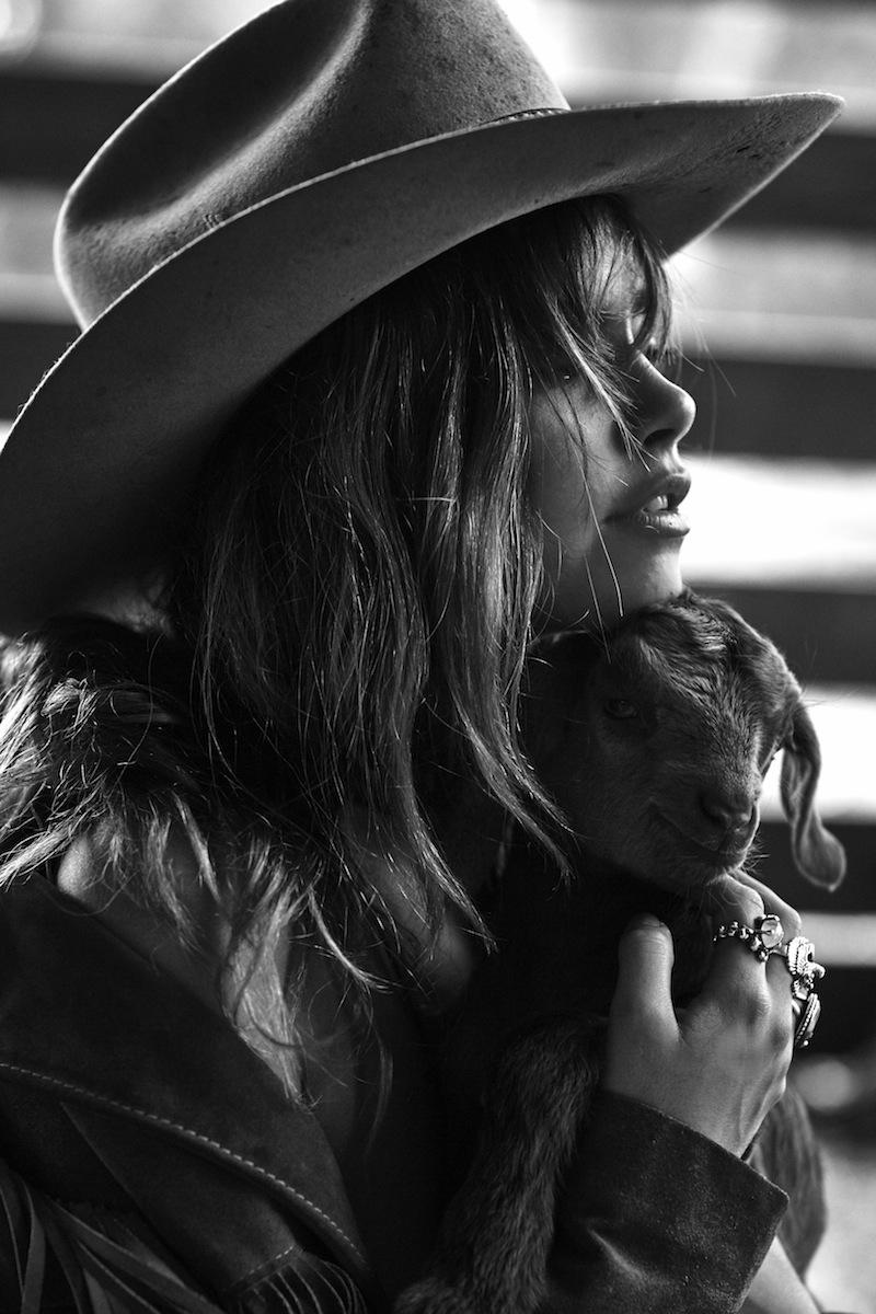 Mimi Elashiry - Understated Leather