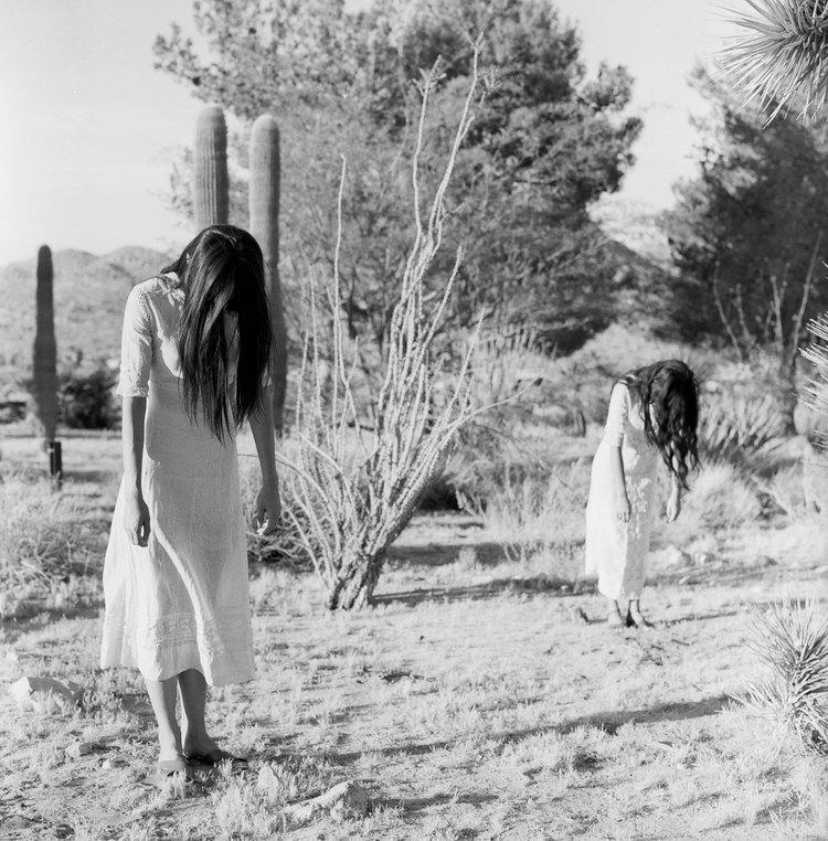 models Malia & Jessica Mau