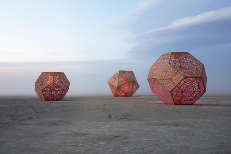 Burning Man 2015 - desert art