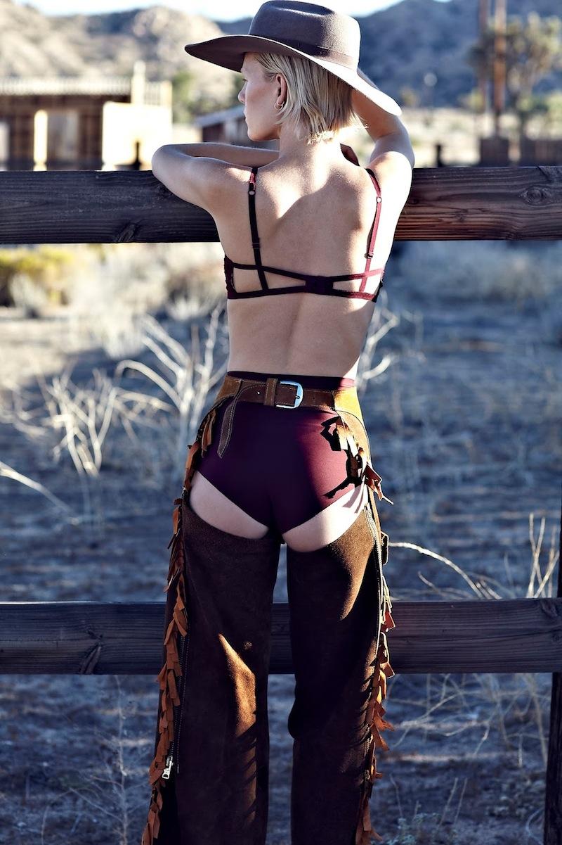 sexy naked lebanese women